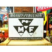 アメリカンブリキ看板 Massey Ferguson ロゴマーク