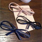 【新作】ヘアピン リボンモチーフ 革製ヘアアクセサリー