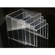 【ディスプレイ展示用品  スタンド台】幅広く使える頼もしいアイテムです!4サイズ セット販売