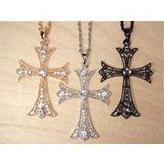 ラインストーンゴシッククロスネックレス 十字架