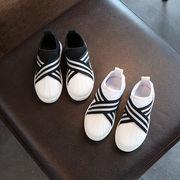 白い靴 児童 スケートボード 男児 靴 女児 韓国風 レジャー 何でも似合う シェル 春