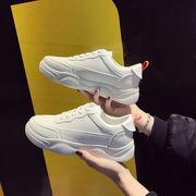 熏 靴 超人気 ネット レッド 新しいデザイン 春 韓国風 白い靴 女 ファッション 何