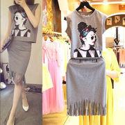 ★★即納、値引き、在庫売り尽くしセール中!★★ デコルテ綺麗魅せレトロな模様のゆったりTシャツ&フリ
