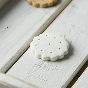 箸置き すべすべビスケット ホワイトチョコレート(白)[美濃焼]