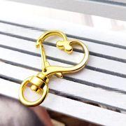 ハート型のカニカン ナスカンバッグチャーム - 手芸 クラフト 生地 材料   全4色