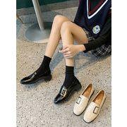 靴 春 新しいデザイン スクエアヘッド アンティーク調 ローファー 粗製 小さな靴 女性