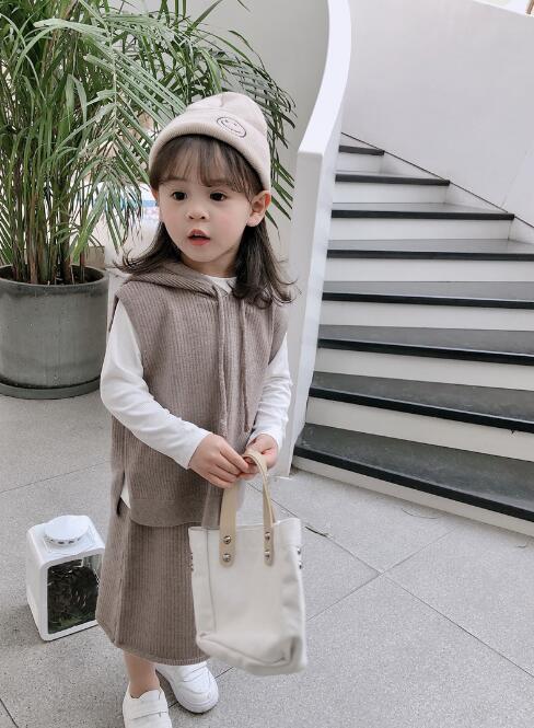 韓国ファッション 韓国子供服 上下セット 2点セット  4色 80-140