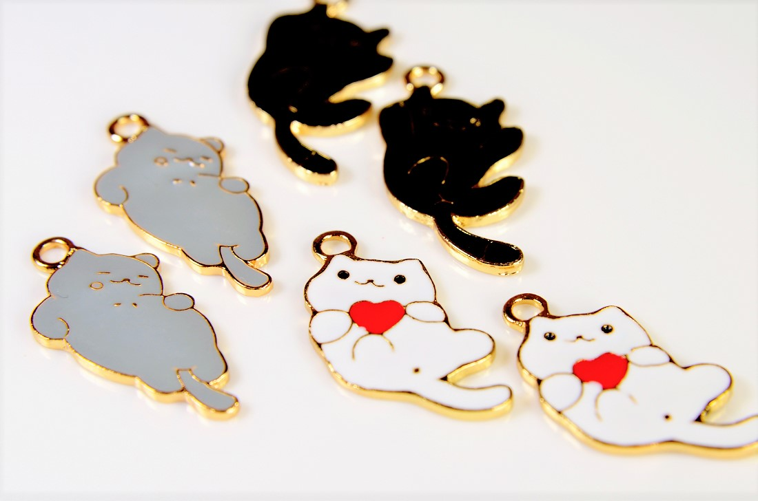 【猫雑貨】猫パーツ エポチャーム トレンドパーツ リラックス猫