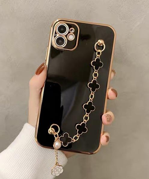 エレガントでおしゃれなiPhoneケース ハンドストラップ メッキ iphone 12 Proケース
