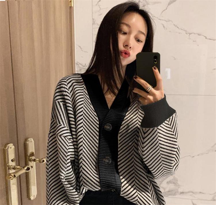 ドキドキ綺麗ですね 韓国ファッション ボーダー セーター ゆったりする Vネック カーディガン コート