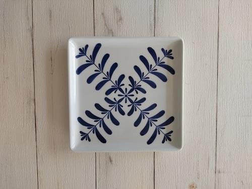 21cm角皿 「ブルーハーブ柄」