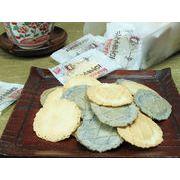 ■小ロット■100%国産大豆を使用したお豆腐を使用しました。軽い食感の優しい味。【ごま豆腐せんべい】