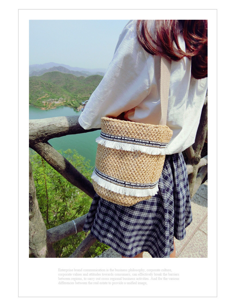 【ニュースタイル !!】草編みバッグ★ ハンドバック★ レディース バッグ 鞄★ウィーブ★ビーチバッグ