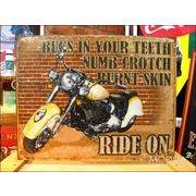 アメリカンブリキ看板 バイク Ride on 激しい刺激