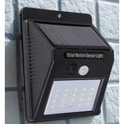 ソーラー電池内蔵 LED人感センサーライト 【3モード点灯】