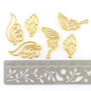 2個 空枠 蝶々の翼 鳥の翼 ゴールド 選べる3タイプ チャーム ネックレスやストラップに レジン パーツ