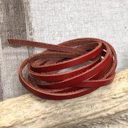 【クラフト 素材】牛革 本革 革紐 赤色 幅3mm 約厚さ1.2mm 90~100cm