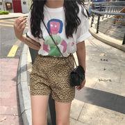 夏 新しいデザイン 韓国風 漫画 プリント 白 Tシャツ ヒョウ ショートパンツ ファッ
