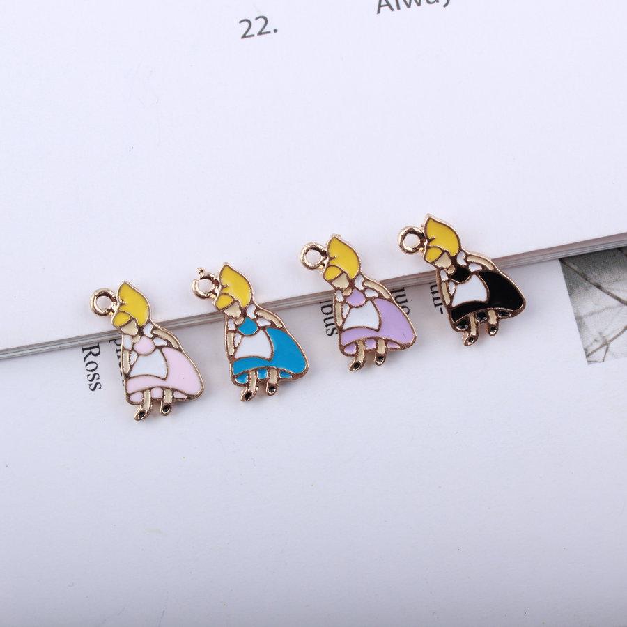 ゴールドカラーチャーム★アクセサリー制作に♪Alice デコパーツ