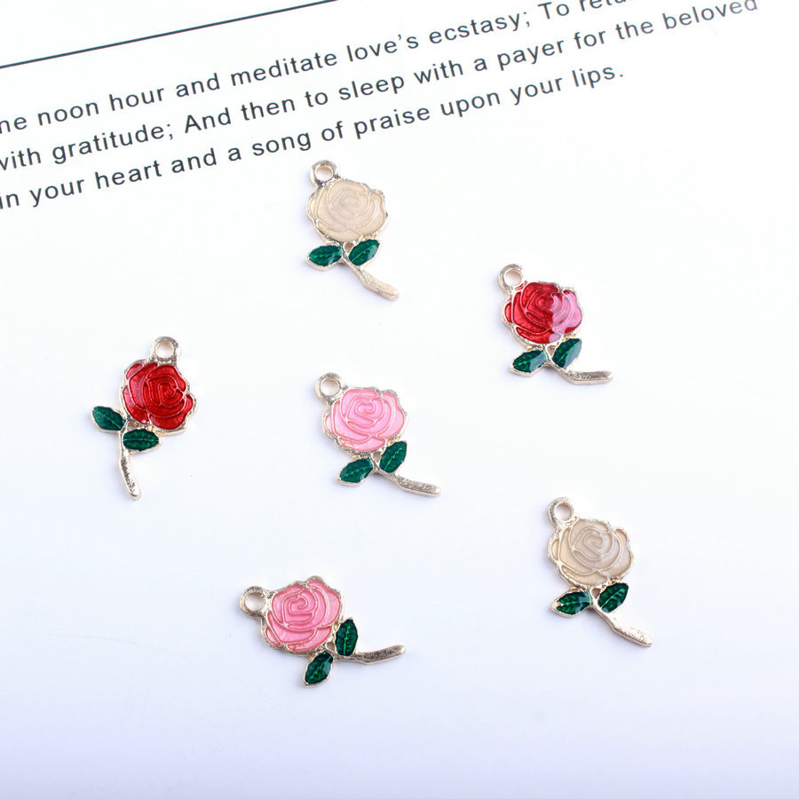 イチオシのバラパーツ 手作り用品 フラワー 小さいのに存在感抜群!