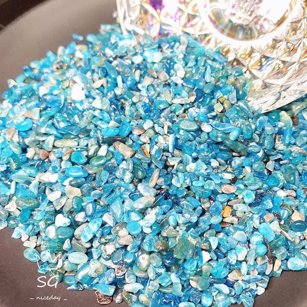 【 即納 】純天然石  無染色の天然カラー  ブルーアパタイトさざれ石 浄化用