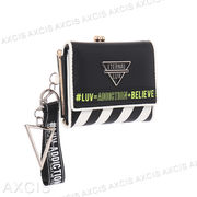 合皮×バイヤスストライプ三角P付ミニ財布 / 札入 口金 コンパクト レディース 手のひらサイズ がま口
