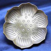 置物 彫り物 お香受け皿 さざれ皿 真鍮製 蓮模様 約9cm 風水 インテリア