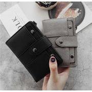 大人っぽくシックな印象 通勤する 短いスタイル エレガント 学生 お出かけ 二つ折り財布 コインケース 簡約