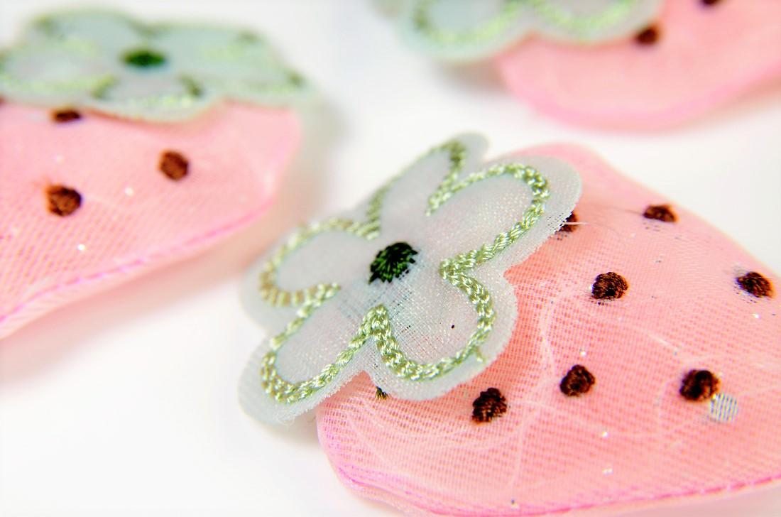 春夏アクセサリー シフォン素材のチェリー イチゴ苺パーツ デコパーツ手芸補材