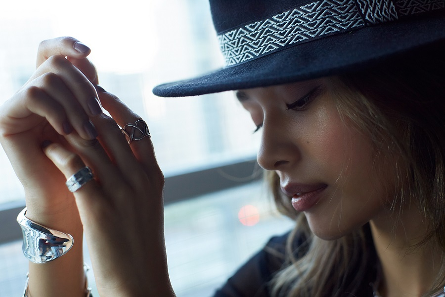 【Nothing And Others/ナッシングアンドアザーズ】Line Plait Ring (earcuff)