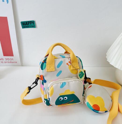 バッグ 鞄 カバン キッズ 子ども かわいい カジュアル 個性 トレンド おしゃれ 人気